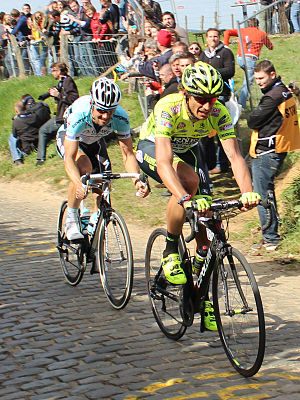 2012 Tour of Flanders - Tom Boonen and Filippo Pozzato on the third climb of Oude Kwaremont