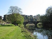 Die Semois und die die Burg Bouillon