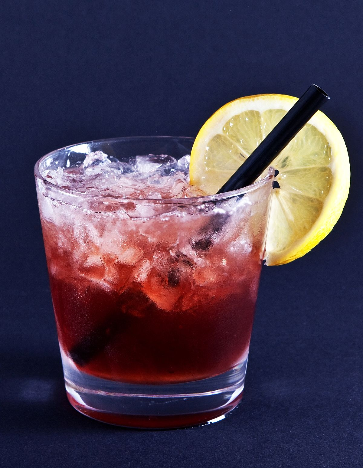 bramble cocktail drink wikipedia gin alcohol mixed wiki cocktail1 standard type