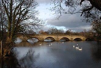 Six Dales Trail - Image: Bridge over River Wharfe at Otley