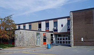 Brookfield High School (Ottawa) - Image: Brookfield HS