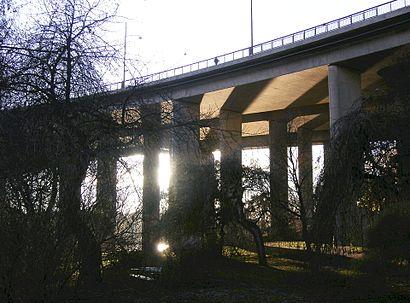 Vägbeskrivningar till Broparken med kollektivtrafik