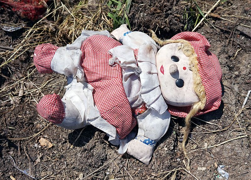 File:Bucharest - abandoned toy.jpg