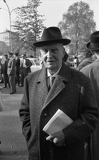 Duke Adolf Friedrich of Mecklenburg - Image: Bundesarchiv B 145 Bild F014132 0056, Bonn, Beethovenhalle, Afrika Woche