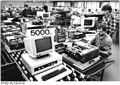 Bundesarchiv Bild 183-1987-1001-025, VEB Robotron Elektronik Dresden, Computer A 7100.jpg