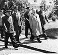 Bundesarchiv Bild 183-83697-0003, Rodion J. Malinowski, Heinz Hoffmann, Walter Ulbricht.jpg