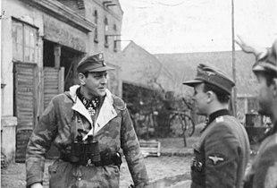 Skorzeny sul fronte dell'Oder nel febbraio 1945.