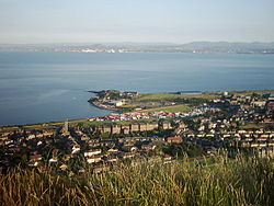 Burntisland from the top of The Binn.jpg