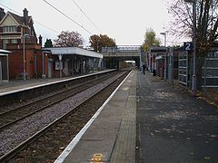 Bush Hill Park stn look south2.JPG