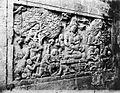 COLLECTIE TROPENMUSEUM Basreliëf in het interieur van de tempel Tjandi Mendoet links bij de ingang. TMnr 60004714.jpg