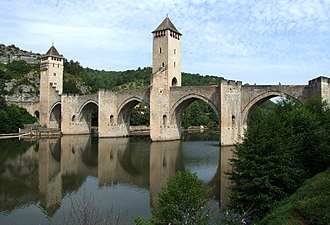 Lot (department) - Image: Cahors Pont Valentré 03