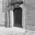Camer van Charitaten, poortje 1651 - Delft - 20050399 - RCE.jpg