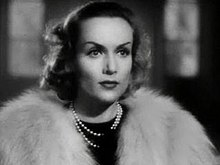 Carole Lombard in Fools For Scandal trailer.JPG