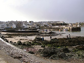 Cemaes - Image: Cemaes geograph.org.uk 1716941