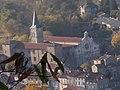 Château de Satillieu vue sur l'église.jpg