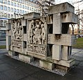 Chemnitz-Partei-Denkmal1.jpg