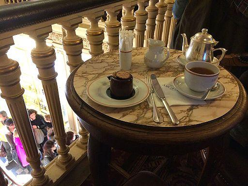 Chez Angelina pour le thé