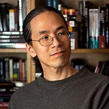 Ted Chiang nel 2011. E ha pure un certo appeal.