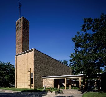 Christ Church Lutheran by Eliel and Eero Saarinen is considered an architectural masterpiece. Christ Church Lutheran Highsmith.jpg