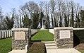 Cimetière militaire de Villers-Faucon10.jpg