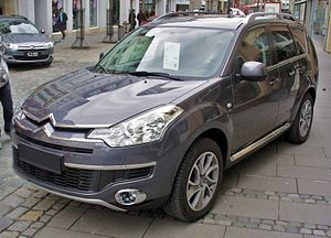 Citroen C-Crosser Exclusive Pilbaragrau.JPG