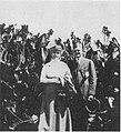 Clara and Irvine Lenroot in a canna garden, San Diego, 1915.jpg