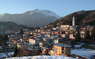 Clusone - Panorama of the town in winter