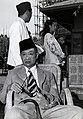 Collectie NMvWereldculturen, TM-60042222, Foto- Aankomst van De Wali Negara van Psoendan, Rd. Ario Adipati Wiranatakoesoema in Bandung, 1900-1940.jpg