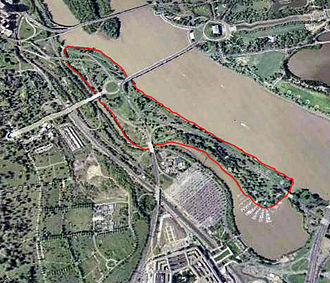 Columbia Island (District of Columbia) - Aerial view of Columbia Island (outlined in red)