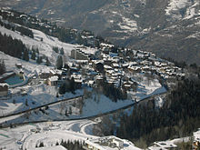 Vue oblique du village de Courchevel 1550.