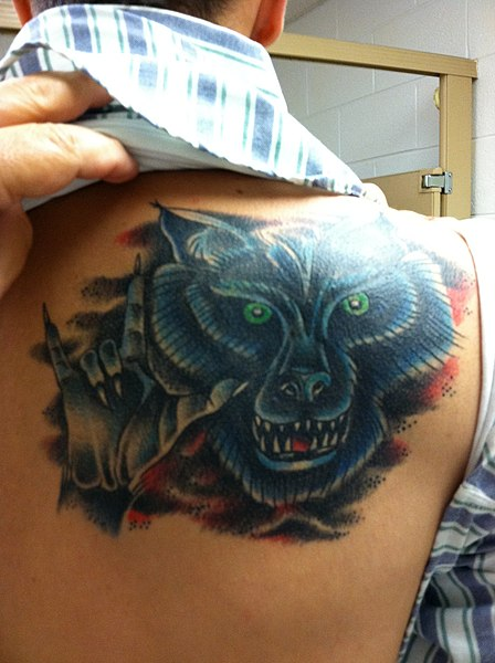 File:Cover Up Tattoo (5903160296).jpg