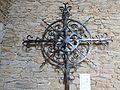 Croix en fer forgé (église Sainte-Anne).jpg