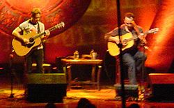 Dave Matthews and Tim Reynolds (cropped).jpg