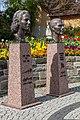 Denkmale für Sonja und Lennart Bernadotte.jpg