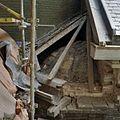 Detail opengelegde zijgevel met zicht op bovenkant gewelfronding, tijdens restauratie werkzaamheden - Schiedam - 20378100 - RCE.jpg