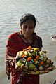 Devotee with Offering - Chhath Puja Ceremony - Ramkrishnapur Ghat - Howrah 2013-11-09 4125.JPG