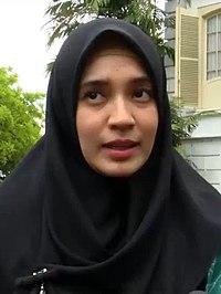 Dhini Aminarti, Purwakarta TV, 00.24.jpg