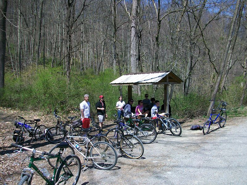 File:Dickinson Students at York Heritage Rail Trail 2009.JPG