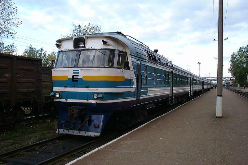 Datoteka:Diesel train at Narva.jpg