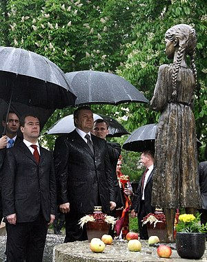 Viktor Yanukovych - Yanukovych and then Russian President Dmitry Medvedev on 17 May 2010 near Memorial to the Holodomor Victims in Kiev.