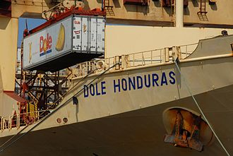 Reefer ship - The reefer ship Dole Honduras unloading bananas in the Port of San Diego