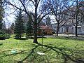 Domov dôchodcov - Tuhárske námestie 10 - park - Lučenec.jpg