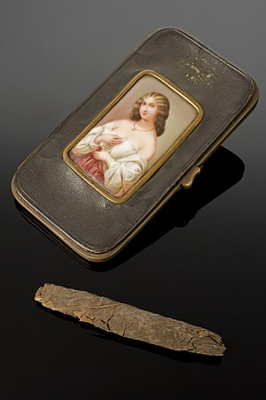 William Palmer (murderer) - Dr. William Palmer's cigar case with cigar, made in France, 1840-1856