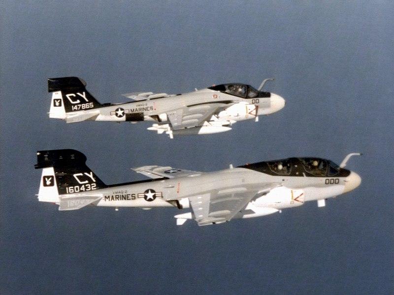 800px-EA-6A_and_EA-6B_of_VMAQ-2_in_fligh