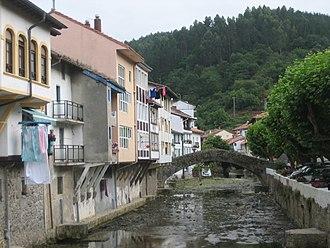 Ea, Biscay - Ea, river and Roman Bridge.