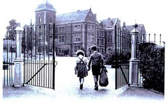Norwood (charity) - Early origins of Norwood as a boarding school