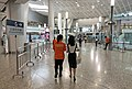 East concourse of HK West Kowloon Station (20180910104929).jpg