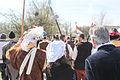 Echtpaar met soldaten geuzen 1 april feest Brielle.jpg