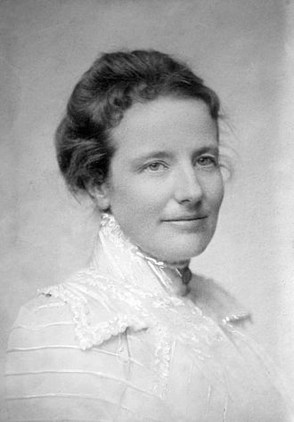 Alice Roosevelt Longworth - Edith Kermit Carow (circa. 1900)