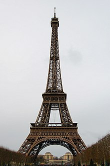 Eiffel tower 2007.JPG